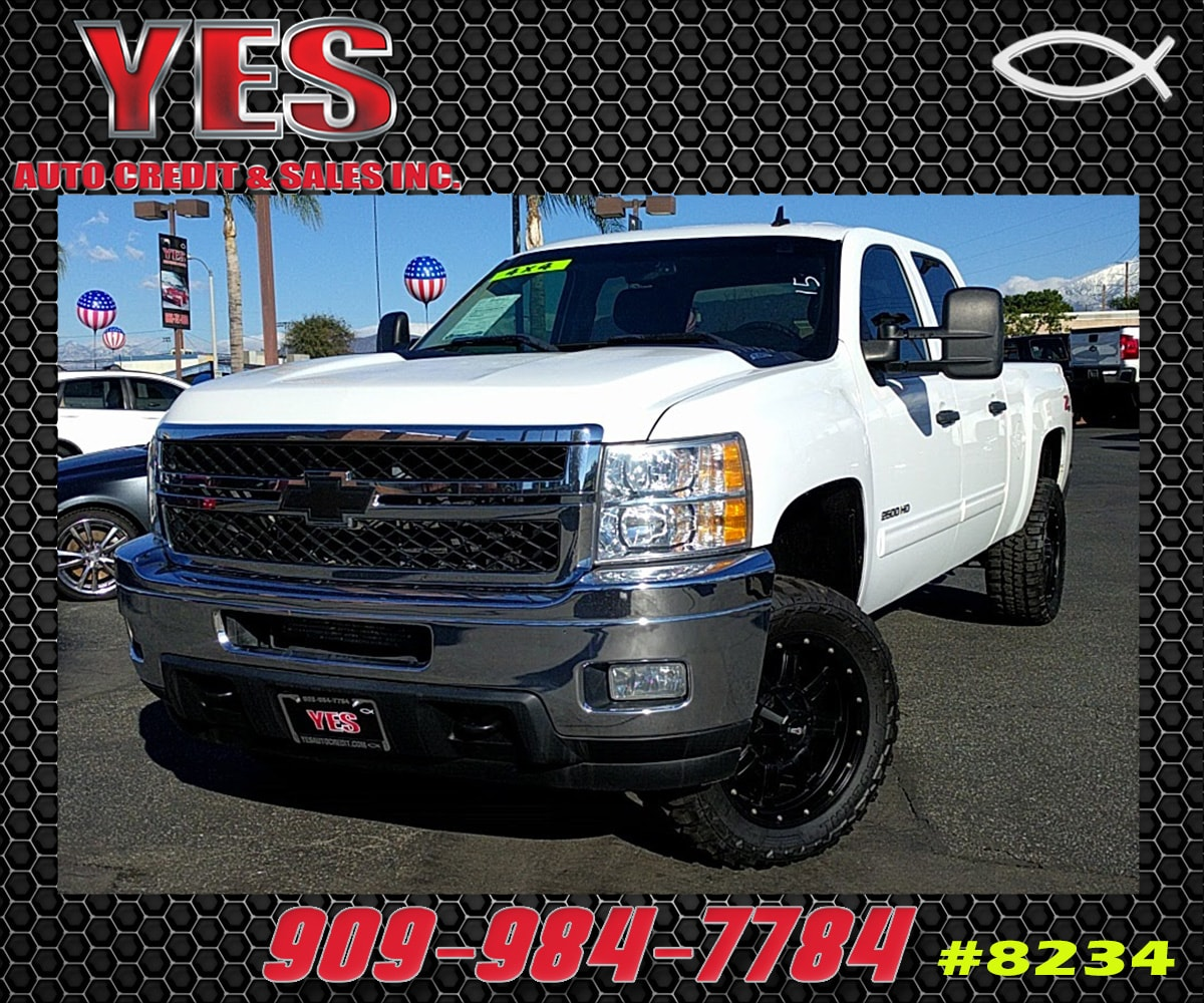2011 Chevrolet Silverado 2500HD LT INTERNET PRICE Price does not include tax license fees ac