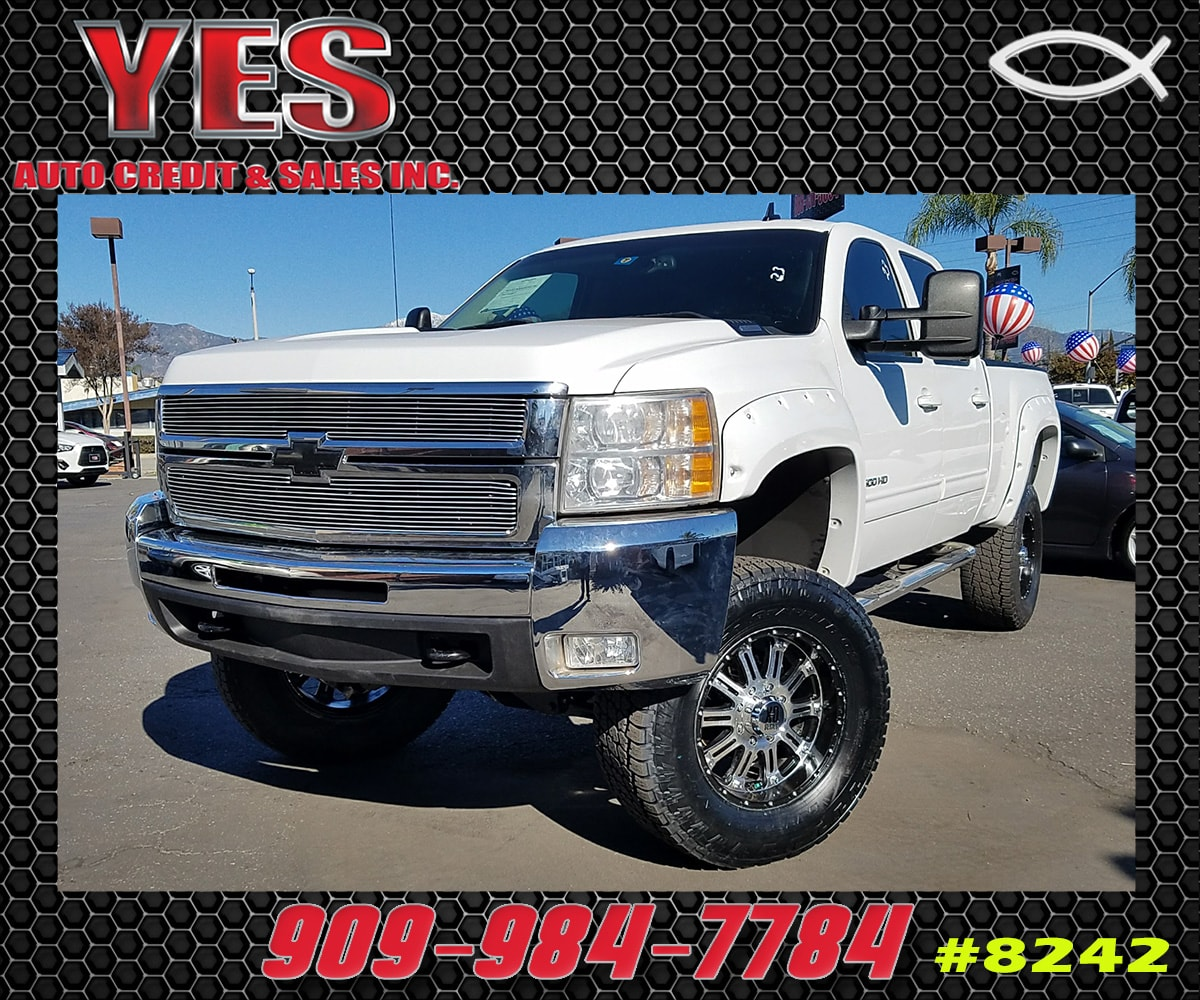 2009 Chevrolet Silverado 2500HD LT INTERNET PRICE Price does not include tax license fees ac