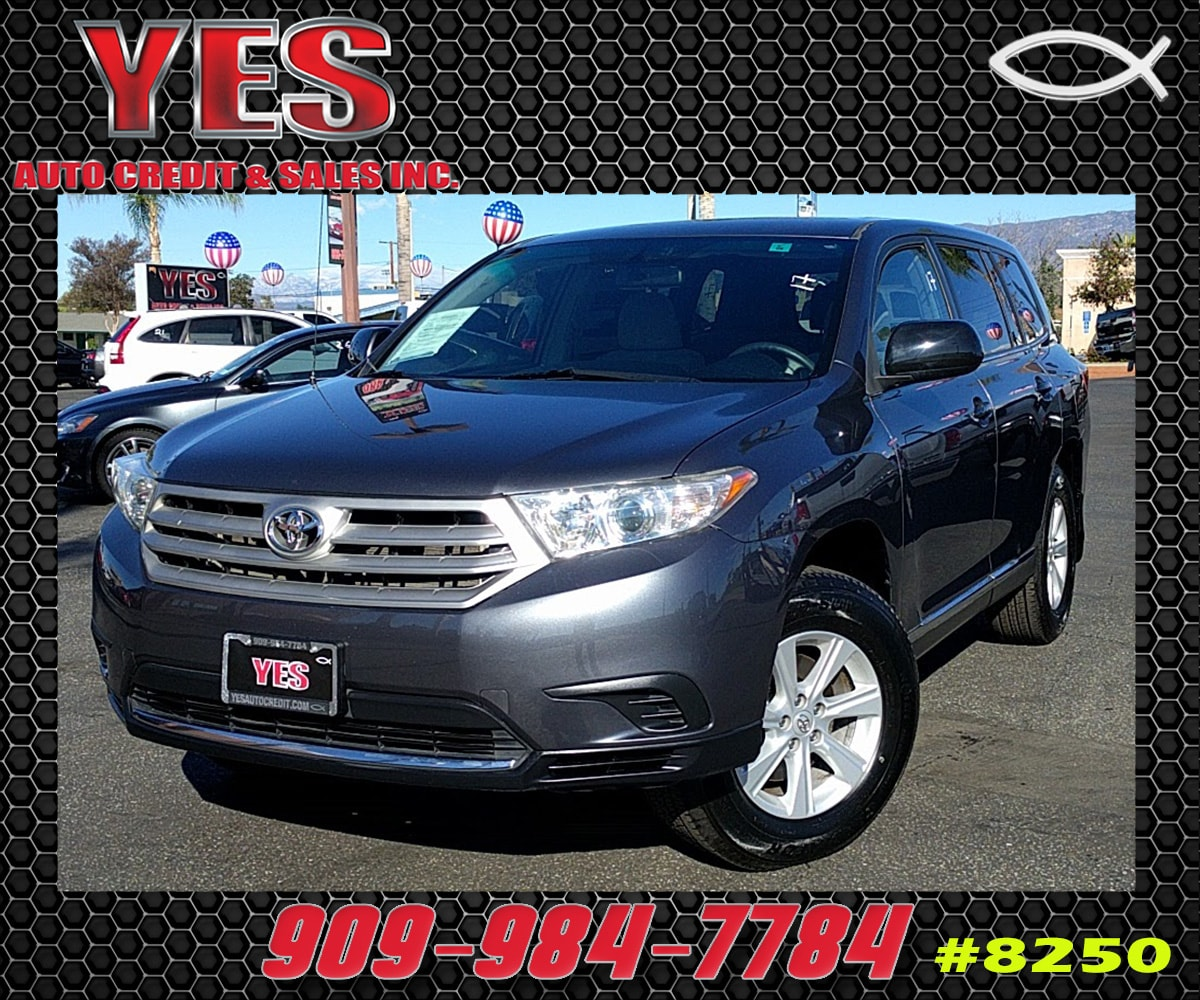 2011 Toyota Highlander SE INTERNET PRICE Price does not include tax license fees accessories