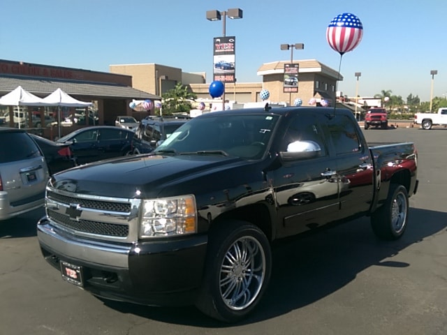 2007 Chevrolet Silverado 1500 LS MANAGER SPECIALPrice does not include tax licence fees accessori