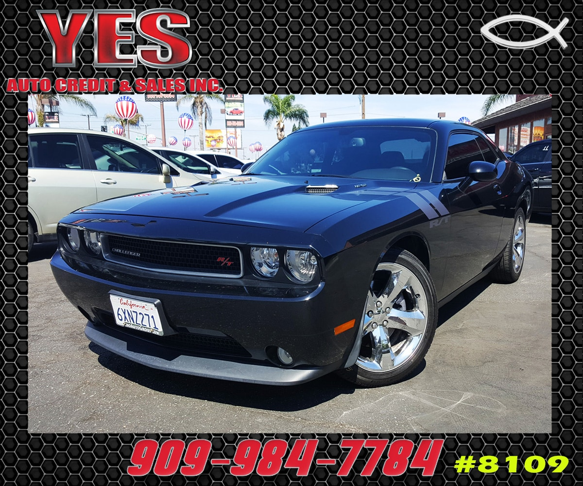 2013 Dodge Challenger INTERNET PRICE Price does not include tax license fees accessories and
