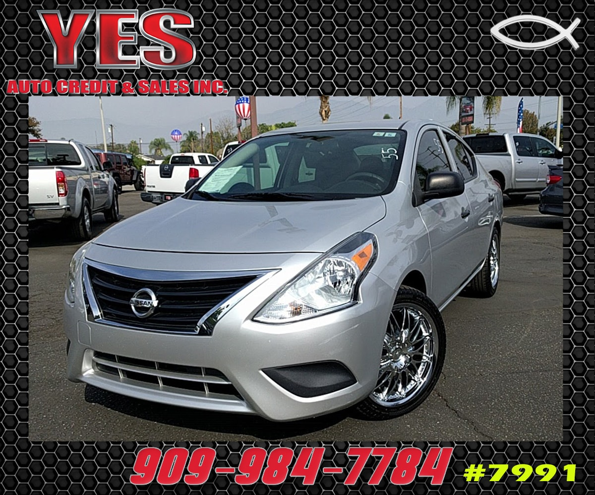 2015 Nissan Versa S INTERNET PRICE Price does not include tax license fees accessories and a