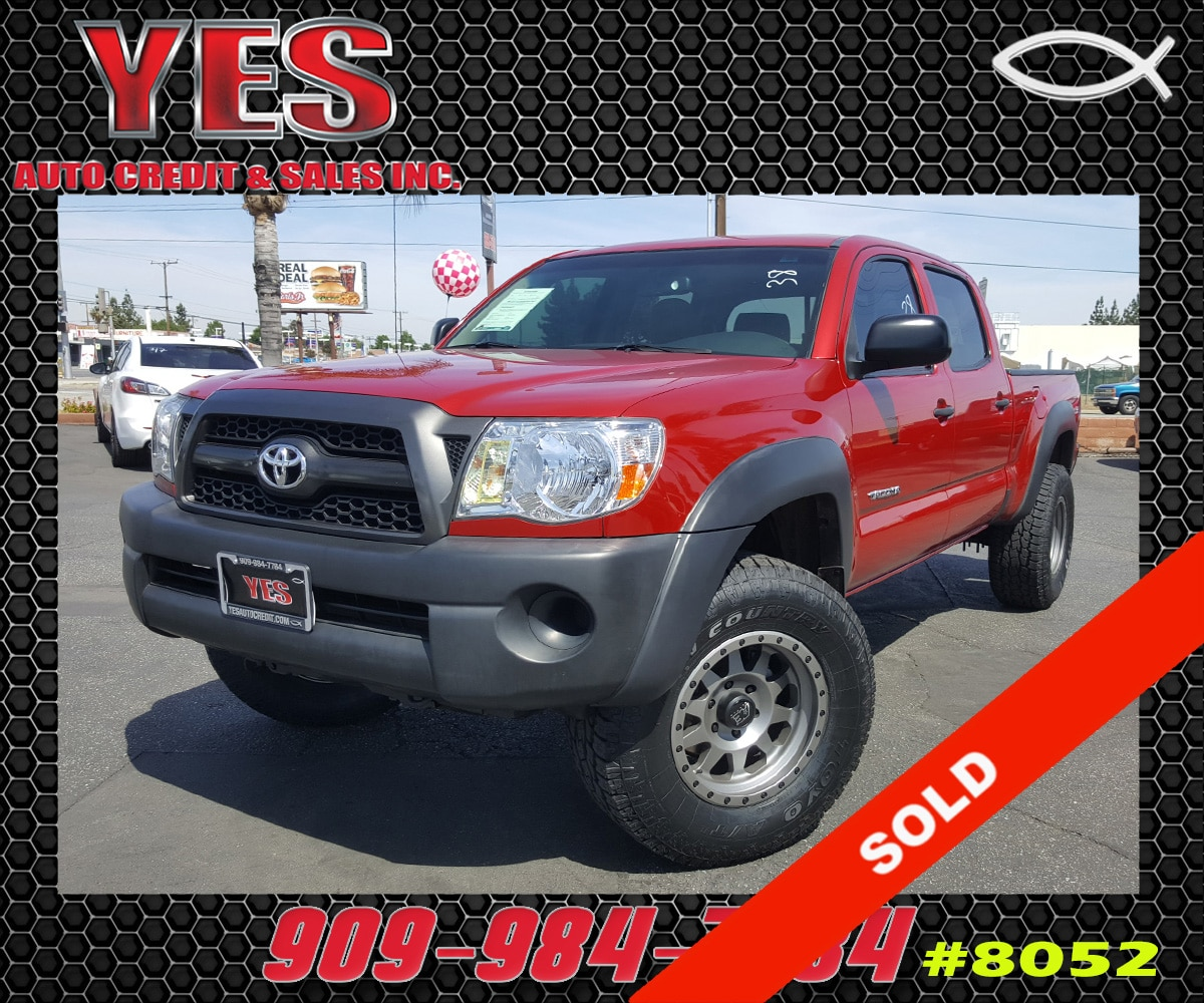 2011 Toyota Tacoma PreRunner V6 INTERNET PRICE Price does not include tax license fees acces