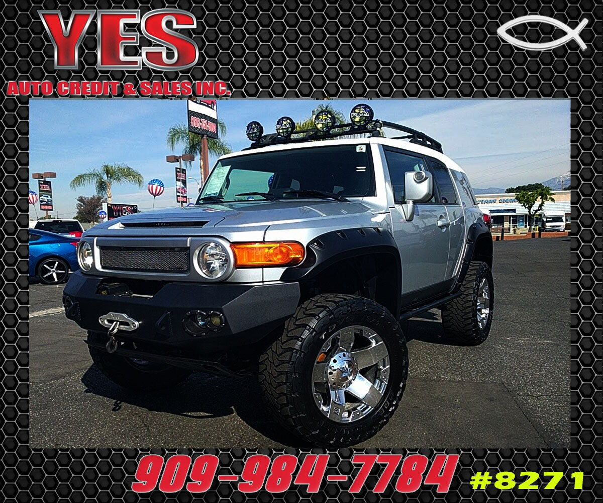 2007 Toyota FJ Cruiser Base INTERNET PRICE Price does not include tax license fees accessori