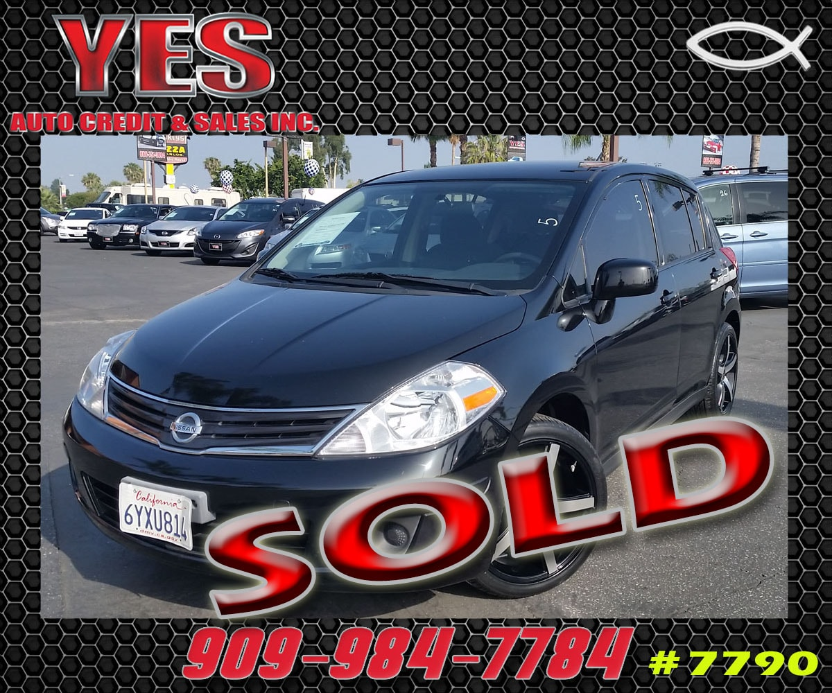 2012 Nissan Versa 18 S MANAGER SPECIALPrice does not include tax licence fees accessories and a