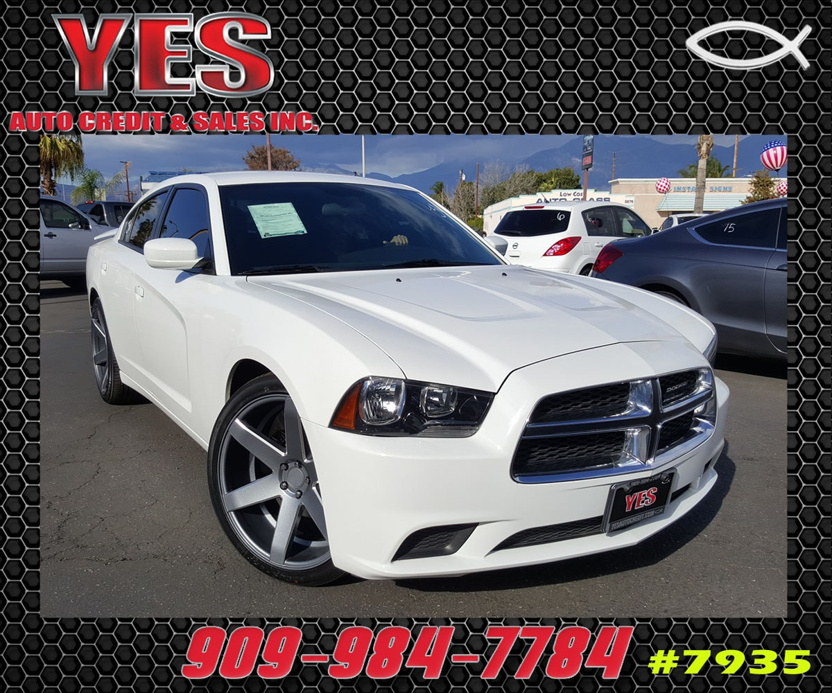 2013 Dodge Charger SE INTERNET PRICE Price does not include tax license fees accessories and