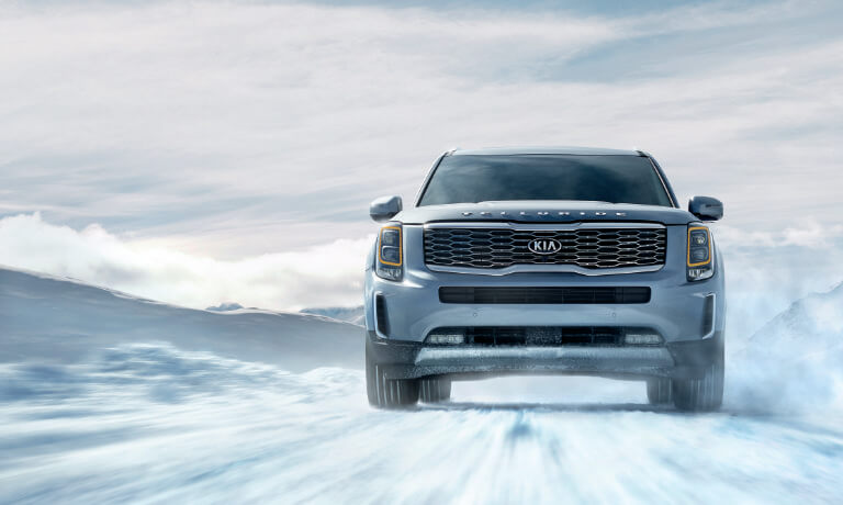 2020 Kia Telluride Driving in snow