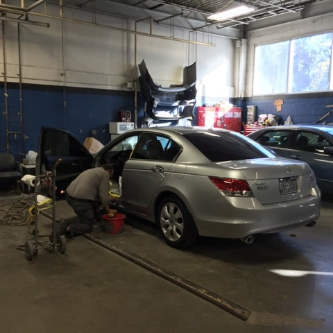 Collision repair and body-shop at Cambridge Honda