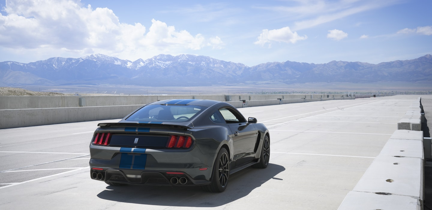 2017 Ford Mustang Exterior Design