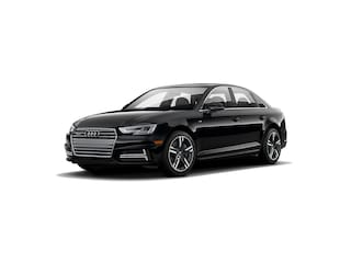 New 2018 Audi A4 2.0T Tech Premium Sedan WAUENAF45JN016560 for sale in Amityville, NY