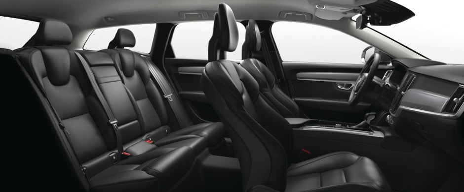 2018 Volvo V90 Cross Country Interior