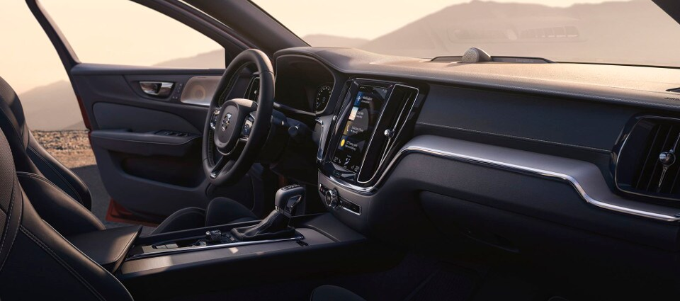 2019 Volvo S60 Interior dashboard