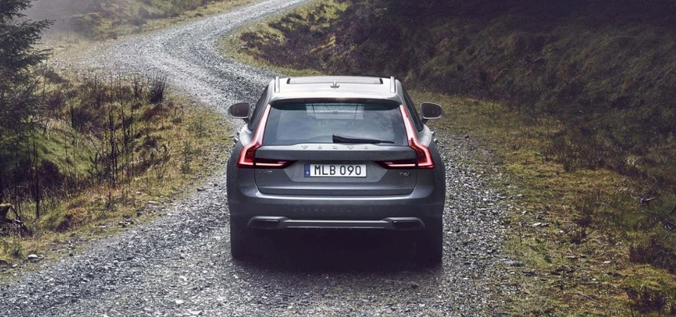 test drive the 2018 volvo v90 cross country