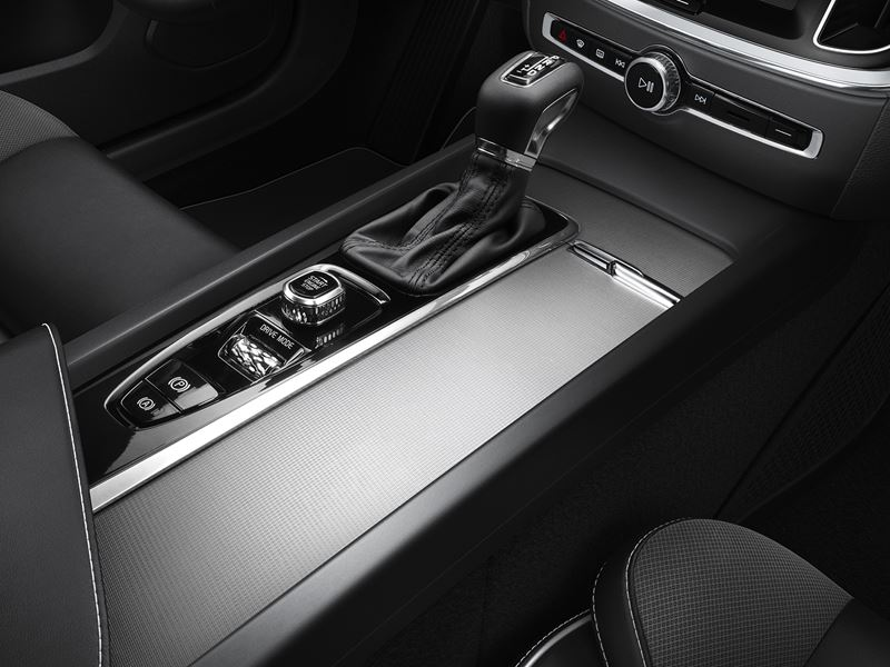 2019 Volvo s60 interior center console