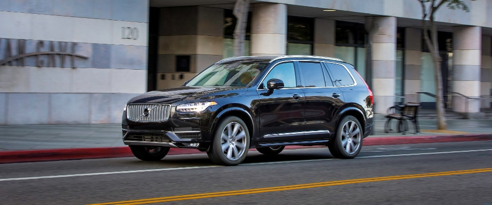 2019 Volvo XC90 driving down a city road