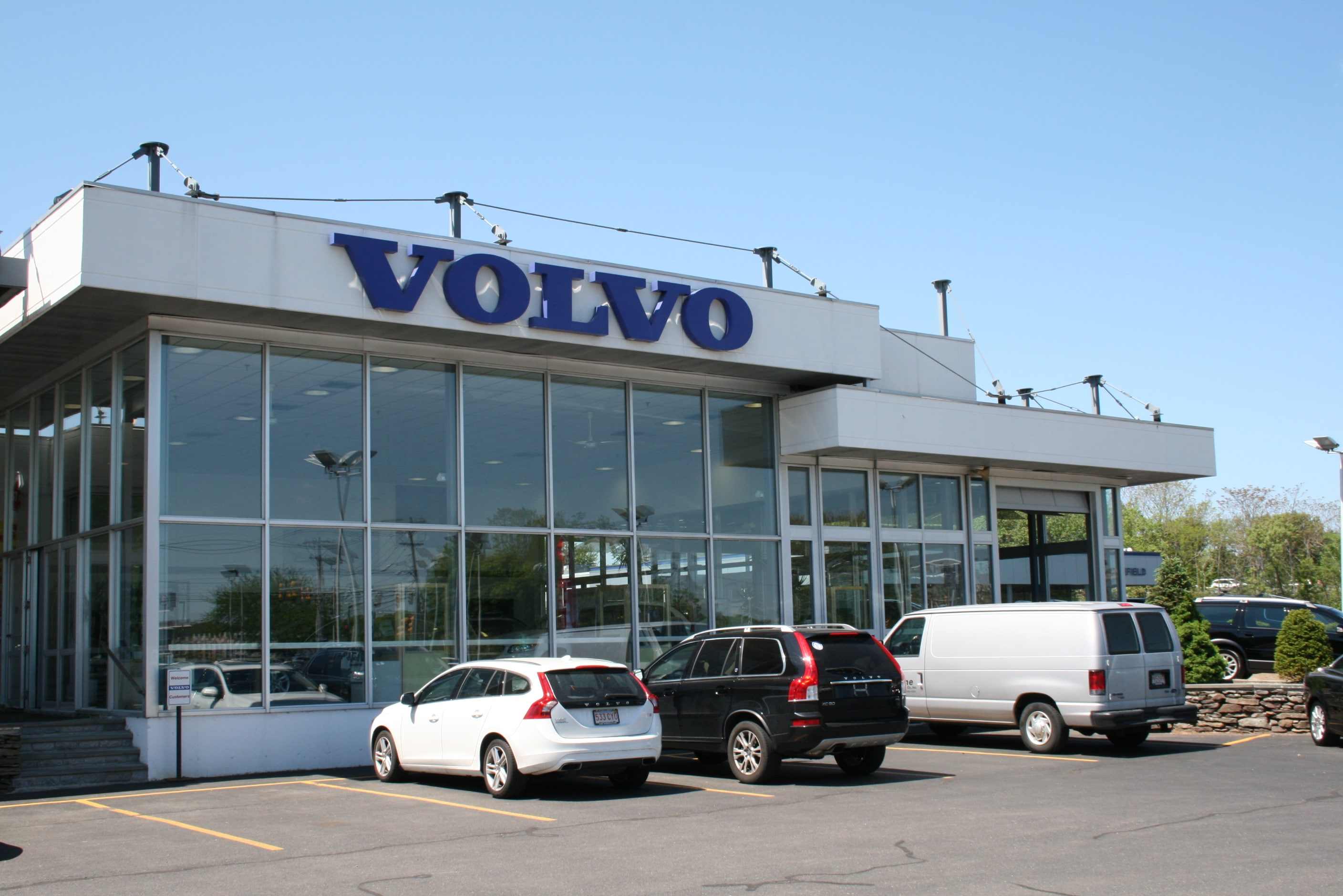 About Us | 128 Volvo Serving the Greater Boston Area