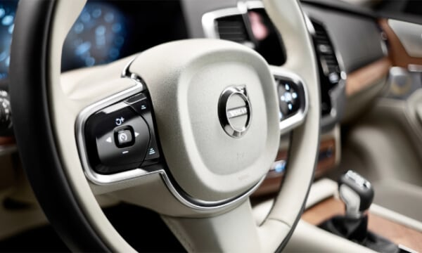 Volvo XC90 Interior Design | Stearing
