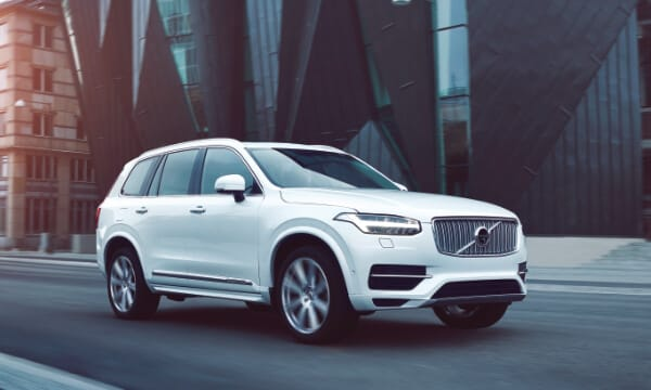 Volvo XC90 driving in city