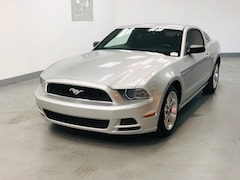 2013 Ford Mustang V6 100A Pkg, 6 Speed, Clean Carfax Coupe