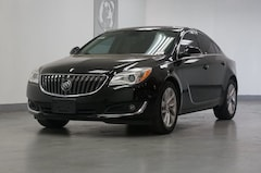 2015 Buick Regal Turbo Navigation, Sunroof, 1-Owner, Heated Seats Sedan