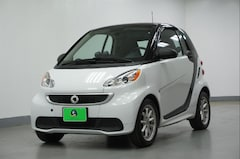 Used 2016 smart fortwo electric drive Passion, Glass Roof, Heated Seats, 1-Owner Coupe in Arlington, TX