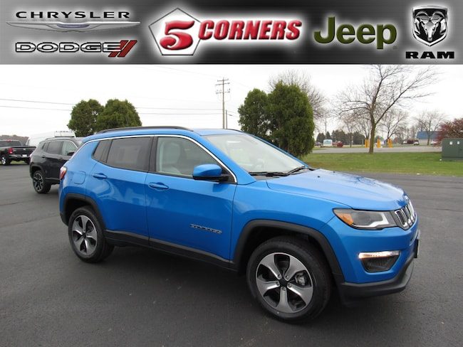 New 2018 Jeep Compass LATITUDE 4X4 Sport Utility in Milwaukee