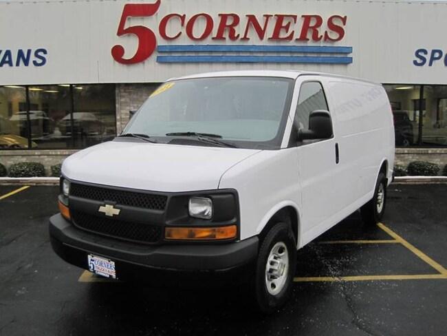 2011 Chevrolet Express Cargo 2500 3dr Cargo Van w/ 1WT Cargo Van