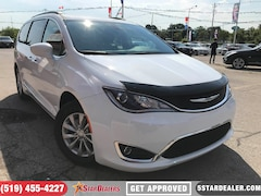 2017 Chrysler Pacifica Touring-L | NAV | LEATHER | CAM Van Passenger Van
