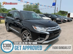 2017 Mitsubishi Outlander GT   LEATHER   ROOF   AWD   7PASS SUV