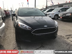 2016 Ford Focus SE | ROOF | HEATED SEATS Hatchback