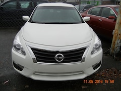 2015 Nissan Altima pure drive 63000kms Sedan