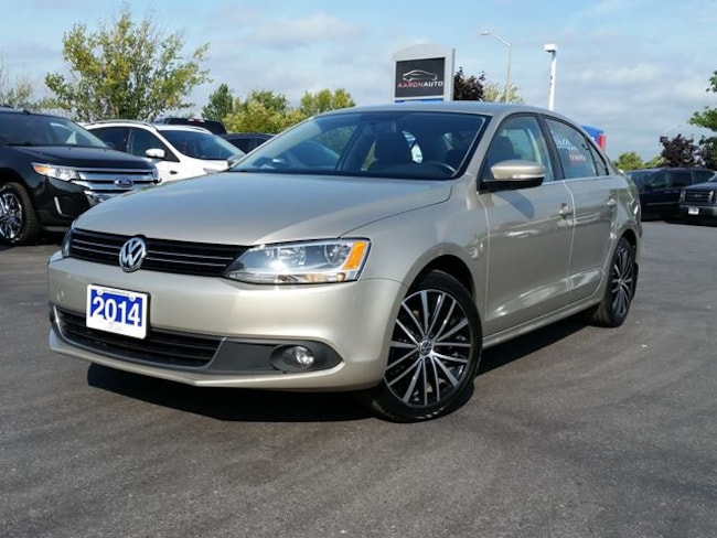 2014 Volkswagen Jetta HIGHLINE-LEATHER-SUNROOF-NAVIGATION Sedan
