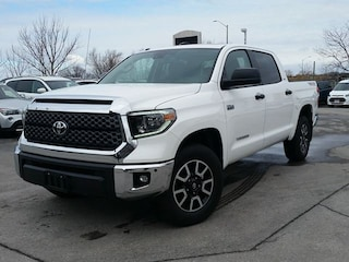 2018 Toyota Tundra TRD- SR5- CREW MAX-NAV-SUNROOF-HEATED SEATS Truck CrewMax