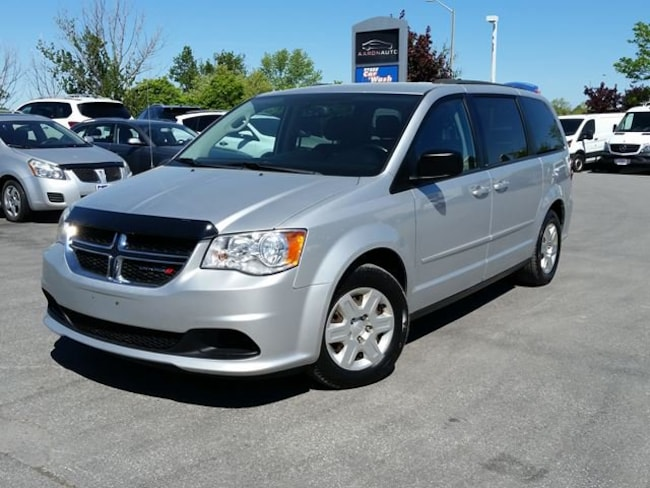 2012 Dodge Grand Caravan FULL STOW N GO--RAER AIR AND HEAT--BLUETOOTH Van