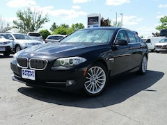 2012 BMW 535i xDrive AWD LUXURY SEDAN--NAVIGATION--SUNROOF Sedan
