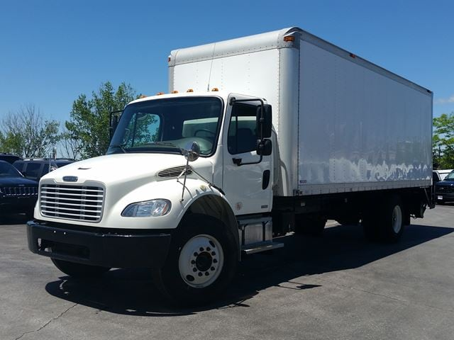 2010 FREIGHTLINER BUSINESS CLASS M2 24' CUBE/BOX/STAKE TRUCK W/POWER REAR GATE
