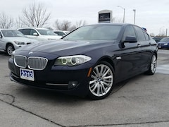 2013 BMW 550 I XDRIVE-AWD-NAV--HEADS UP DISPLAY-LEATHER-SUROOF Sedan