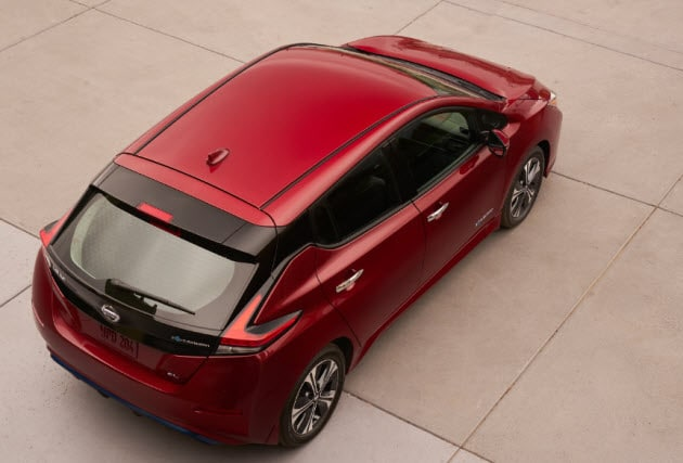 2018 Nissan LEAF roof