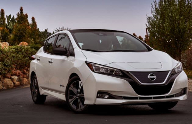 White 2018 Nissan LEAF