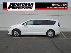Used Chrysler, Dodge, Jeep, Ram and FIAT 2019 Chrysler Pacifica TOURING PLUS Passenger Van in Aberdeen, SD