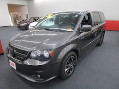 2015 Dodge Grand Caravan SXT Plus Van