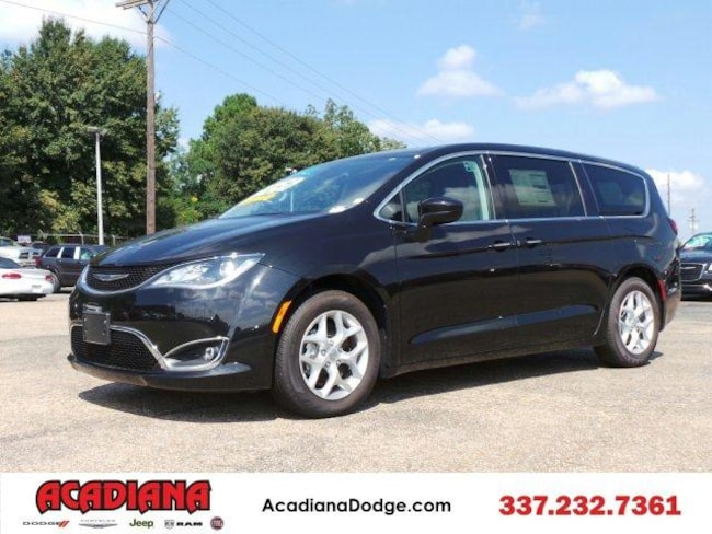 New 2018 Chrysler Pacifica TOURING PLUS Passenger Van Lafayette, LA
