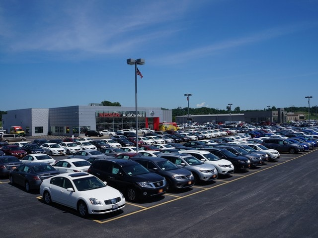 AutoCenters Nissan New & Used dealership
