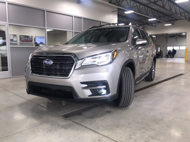 New 2019 Subaru Ascent Limited 8-Passenger SUV in Franklin, PA