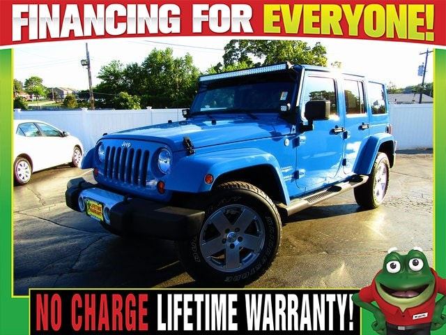 2011 Jeep Wrangler Unlimited Unlimited Sahara   4WD   Heated Leather    Infinity SUV St. Louis, MO