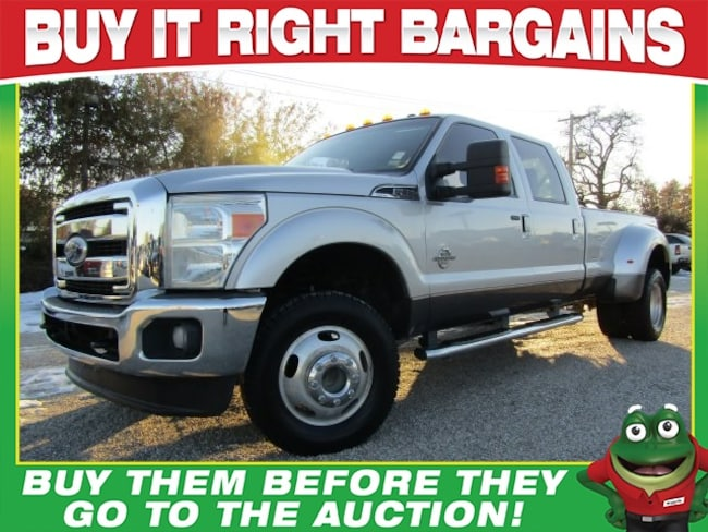 Used 2011 Ford F-350 Lariat - 4WD - Navigation - Dually Truck Crew Cab St. Louis, MO