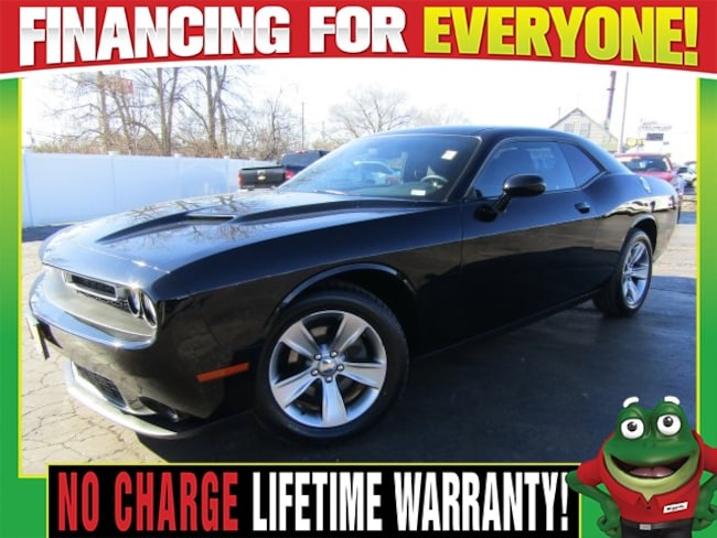 Used 2016 Dodge Challenger SXT - Bluetooth - Privacy Glass Coupe St. Louis, MO