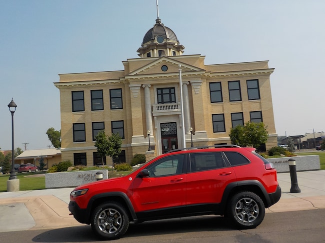 New 2019 Jeep Cherokee TRAILHAWK 4X4 Sport Utility in Sidney, MT