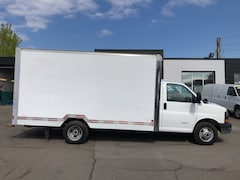 2012 GMC G4500 15FT drw CUBE FIN OR LEASE FROM 5.99%OAC