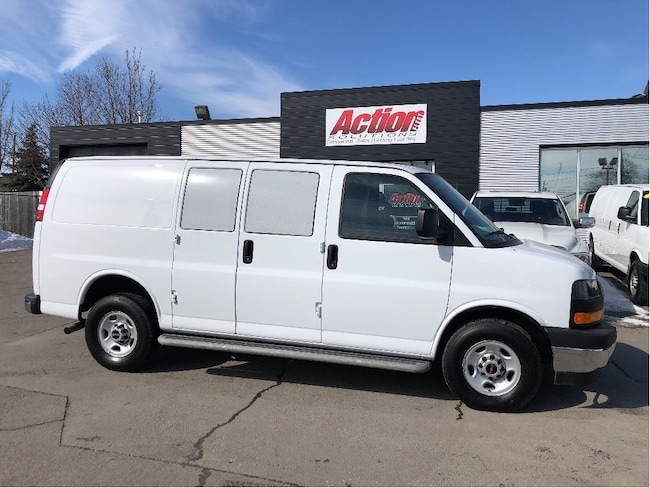 2017 Chevrolet Express 2500 cargo low kms. chrome! loaded Cargo